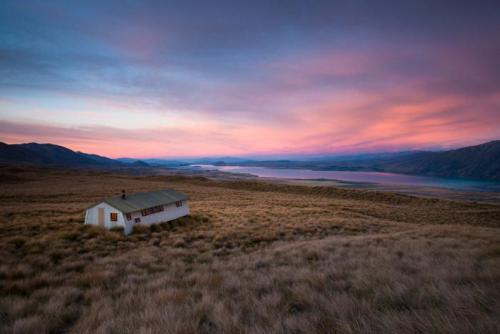 Rex Simpson Hut - Lake Tekapo